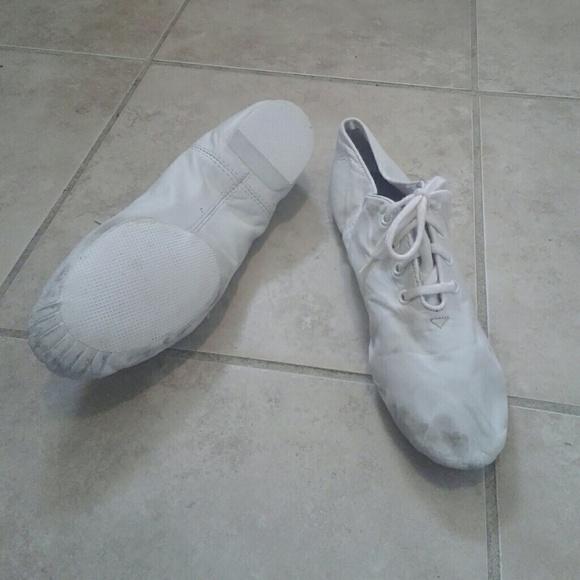 Capezio Shoes | Jazz Shoes 75 Leather