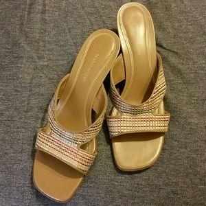 Shoes - Naturalizer woven slides. EXCELLENT CONDITION.