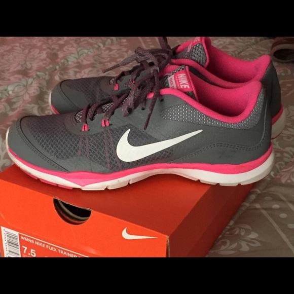 le scarpe nike donne flex trainer 5 poshmark