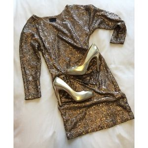 Piperlime Dresses & Skirts - 🌟🌟 GOLD BRONZE SEQUINED DROP WAIST DRESS - S 🌟