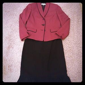 Le Suit Dresses & Skirts - Two-piece Skirt Set