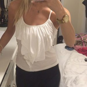 Charlotte Russe Tops - Ruffle top🐇🌺