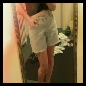DONATING 9/14 Vintage High-waisted jean shorts