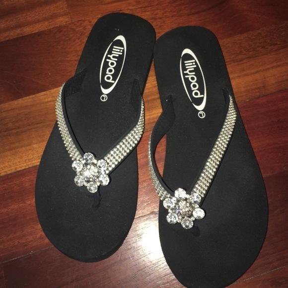 fe2dba5921d334 Lilypad Shoes - Lily pad flip flops size 10