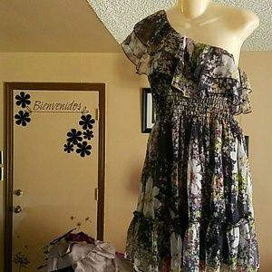 Mystic Dresses & Skirts - Cute summer dress