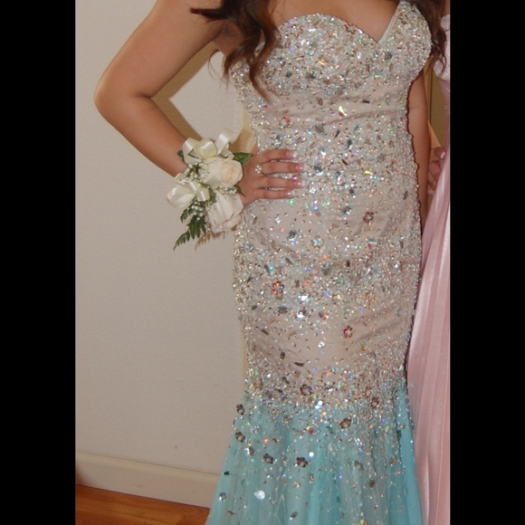 Pageant Gowns for Rent