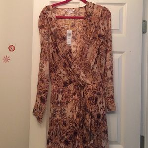 NEW BCBGeneration Floral Dress L