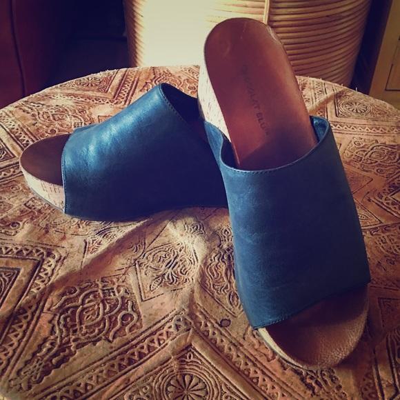 da0c42dc513 Chocolat Blu Shoes - Chocolat Blu