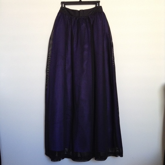 69% off TOV Dresses & Skirts - Gone. TOV Los Angeles ball gown ...