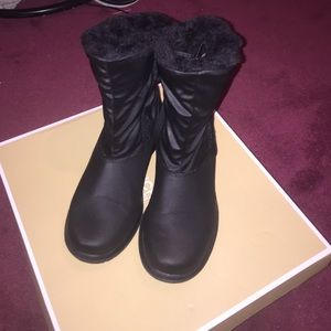 TOTES Shoes - Totes boots (NWOT)BRAND NEW !❌SALE❌
