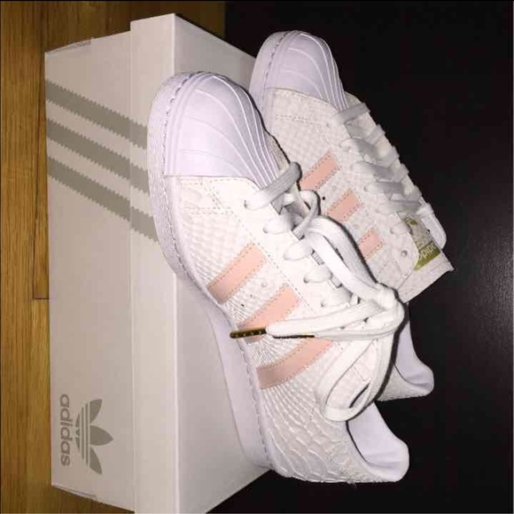 adidas kit 2016 17 adidas superstar women pink blue and white