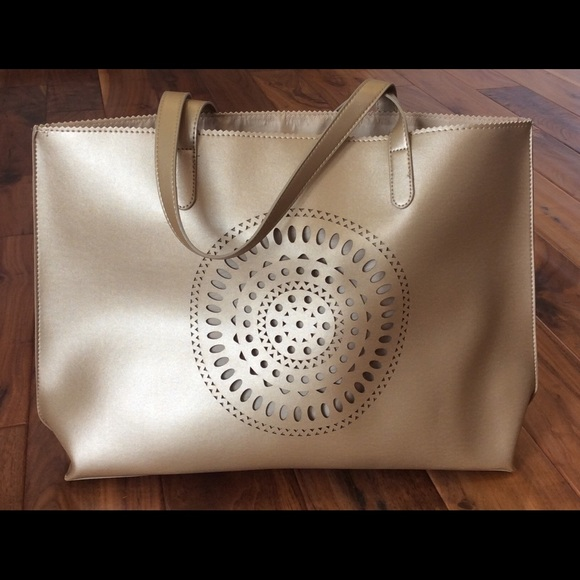 7c102f45ac79 Neiman Marcus Bags | Spring Flash Sale Gold Tote Bag | Poshmark