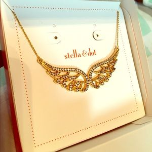 Brand New Stella & Dot angel wings necklace