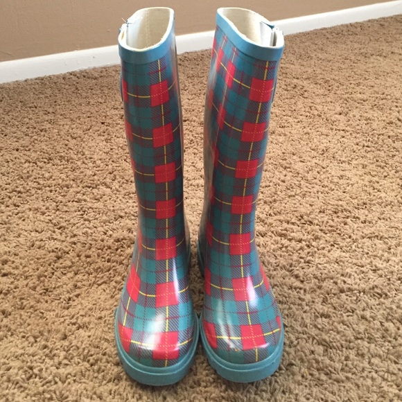 Stone Creek - Rain boots from Brigitte's closet on Poshmark