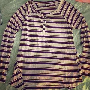 Swell Tops - Burgundy striped long sleeve shirt