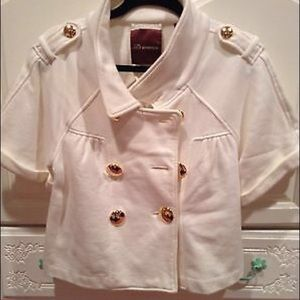 525 America Jackets & Blazers - 🎉HP🎉Cropped Ivory Jacket