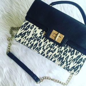 Olivia + Joy Handbags - • Olivia + Joy • Messenger Bag