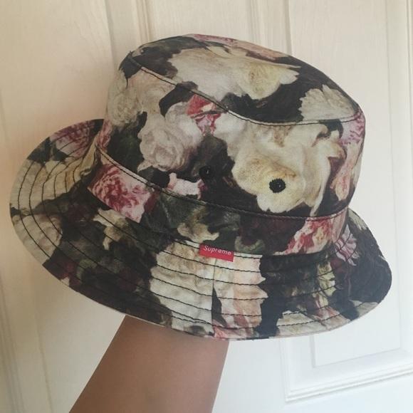 15bbcb222597f Supreme Floral Bucket Hat. M 56e335caf0137d642b0036ff