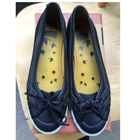 Onitsuka Tiger Flat Shoes