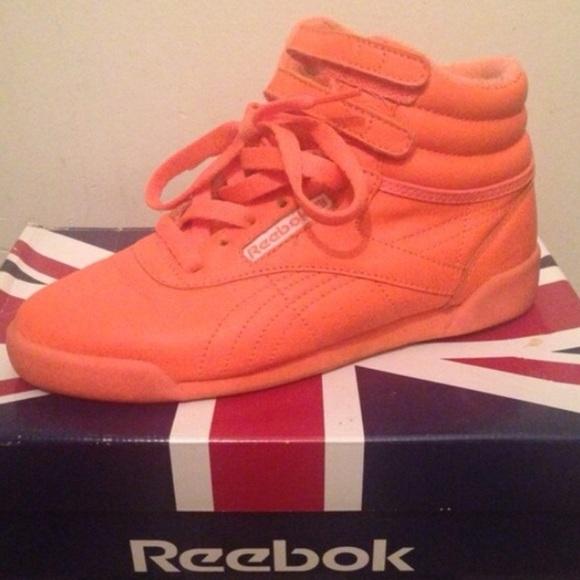 cd1a9fe90e8b0e Reebok classic neon orange. M 56e35e7313302a5eb600762e