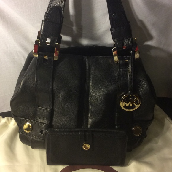 c39e9ca20844 Michael Kors Bags   Authentic Mk Hobo Bag Wmatching Wallet   Poshmark