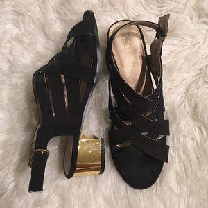 Forever 21 Black & Gold Sandals