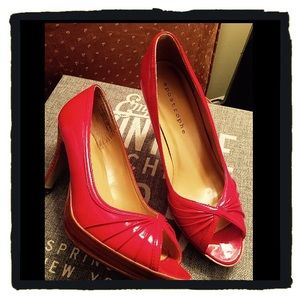 Apostrophe Shoes - Red Peep-Toe Pumps
