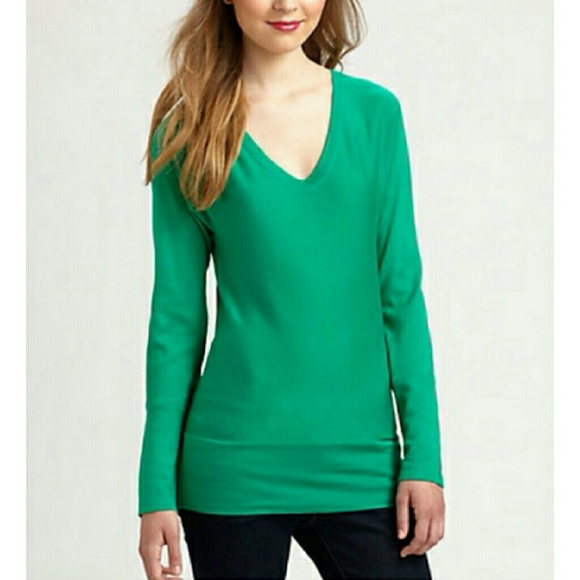 Lilly Pulitzer Sweaters - Lilly Pulitzer Autumn Sweater in Green 85cb87638e15