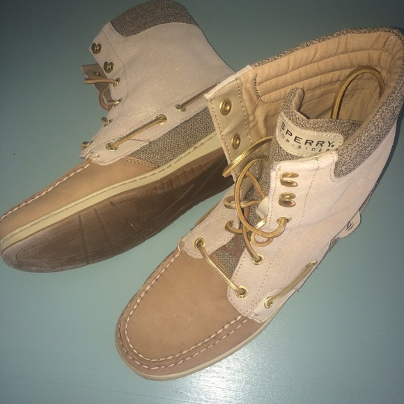 Sperry Topsider High Top Tan Boat Shoes