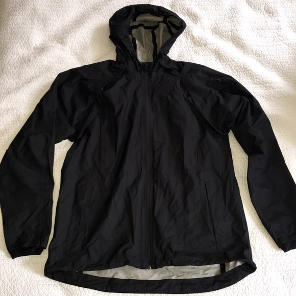 75% off lululemon athletica Other - NWOT Lululemon Men's black ...