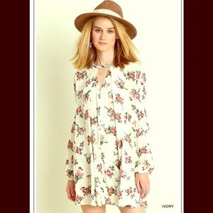 FashionBohoLoco Dresses & Skirts - 🙌 1 HOUR SALE! 🙌Floral Cape Shirt Slip Dress NWT