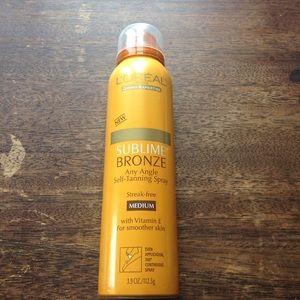 L'Oreal Other - L'OREAL self tan spray, medium