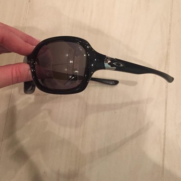 f3eec2a0d49 Oakley Pulse black metallic sunglasses