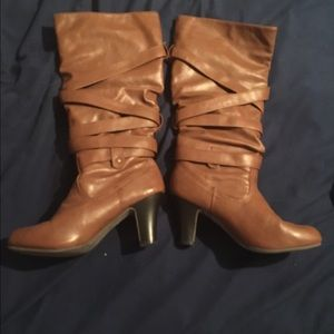 Shoes - 🎉🎉brand new!🎉🎉Women's brown leather boots
