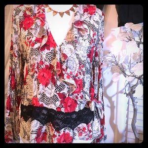 Sunny Leigh Tops - Sunny Leigh blouse