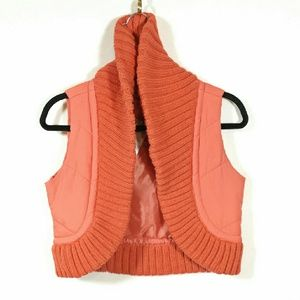 Cropped puffer vest w thick shawl collar