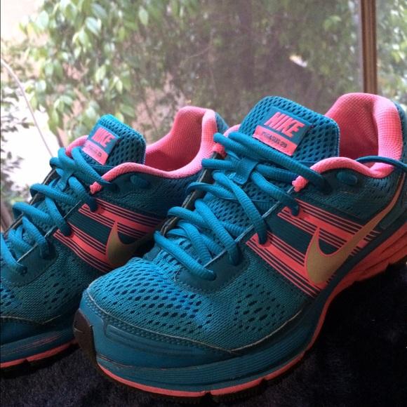 e1bb11b30947 Nike Pegasus 29 Running shoes. M 56e4c9c89c6fcf78680111f9