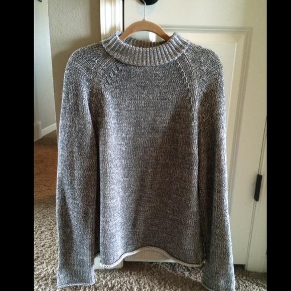 DKNY Sweaters - DKNY size Medium oversized marled grey sweater.