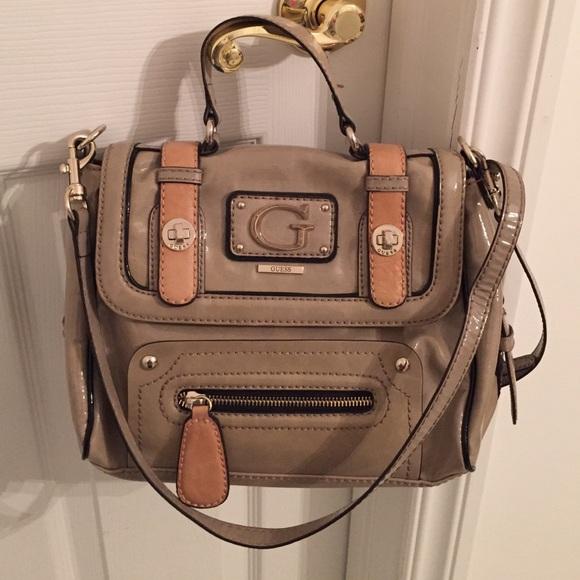 62bfefc172 Guess Handbags - Guess Purse Crossbody and Wallet
