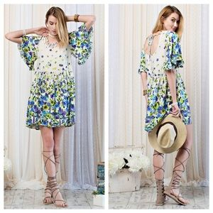 Dresses & Skirts - Beautiful printed dress