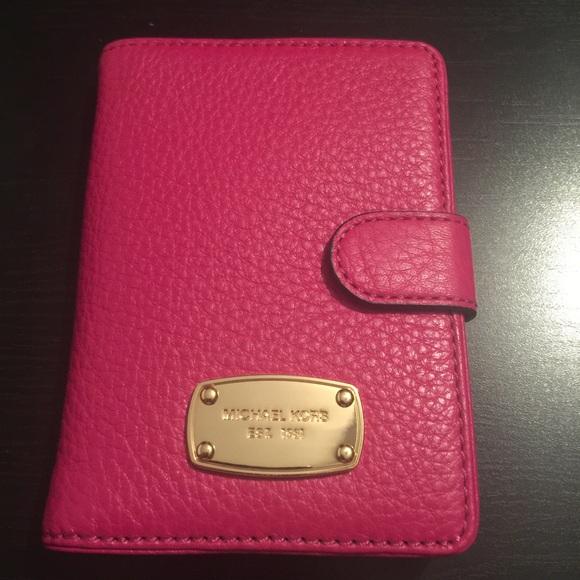 a6bd9b60830b Michael Kors Pink Leather Jet Set Passport Cover NWT