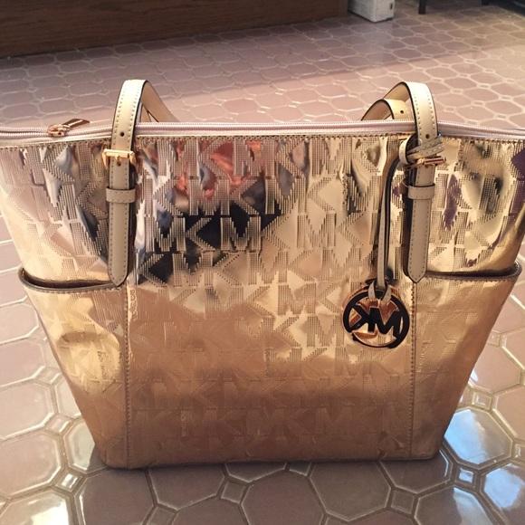 46% off Michael Kors Handbags - SALE Michael kors large jetset ...