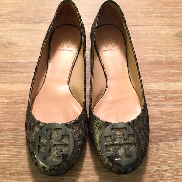 a86ad15461 Tory Burch Shoes | Reva Pewter Cheetah Print Flat 9 | Poshmark