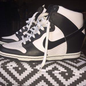 Nike Dunk wedge Sky Hi In Black and White. Size 10