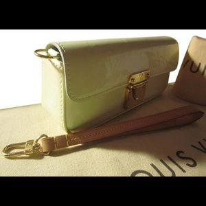 Auth Louis Vuitton Vernis Lagoon 3 Way Case Clutch