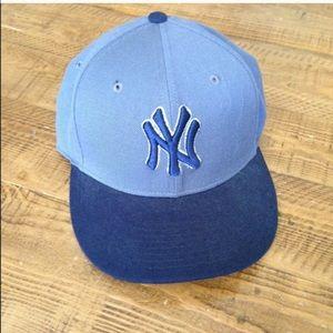 NWOT Nike Yankee baseball cap