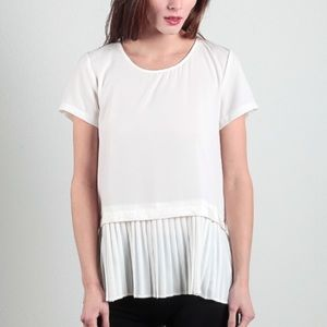 Tops - Last ☝️! Pleated hem layer peplum blouse