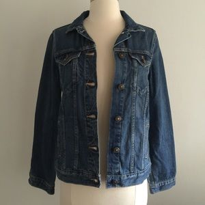 NWT Zara denim jacket size xs