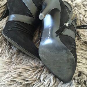 Zara Shoes - Zara black booties with heel