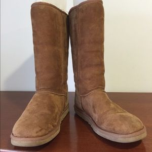 UGG Classic Tall in Chestnut